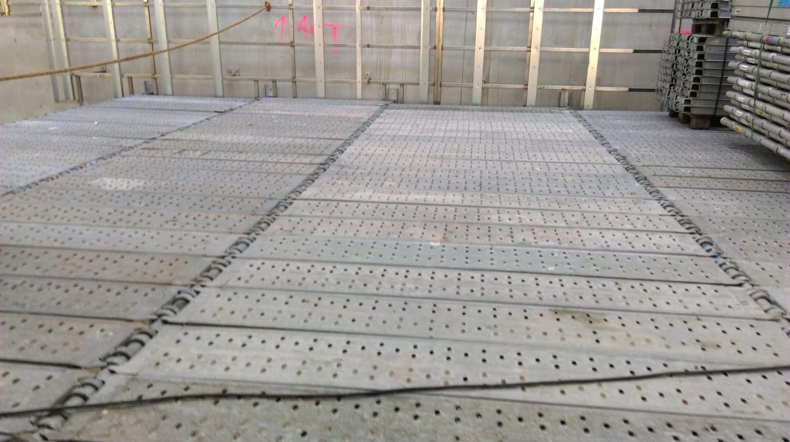 Eerste tijdelijke werkbordes voor nieuwbouw EMA